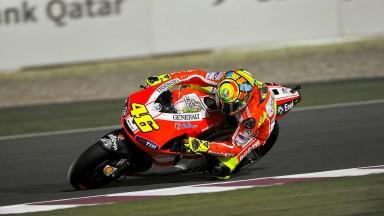Rossi preocupado com ombro e Hayden frustrado com qualificação