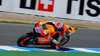 Stoner leads again in Jerez warm up