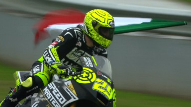 Iannone wins in the wet at Jerez