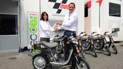 Yamaha Motor Europe et Dorna Sports font de l'EC-03 l'un des scooters officiels du paddock MotoGP