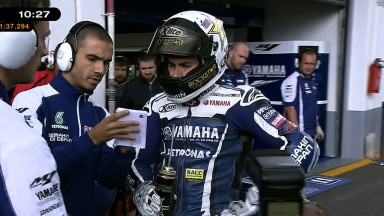 Lorenzo snatches pole position at Estoril