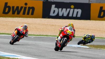 Rossi bereut Strategie, harter Tag für Hayden