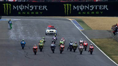 Stoner remporte sa seconde victoire de la saison au Mans