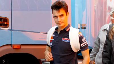 Dani Pedrosa undergoes surgery on his right collarbone