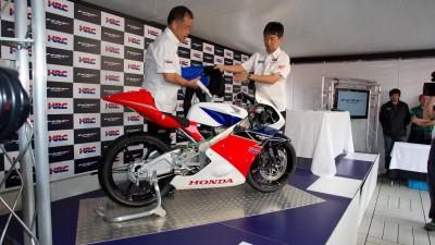 Honda unveils Moto3 machine