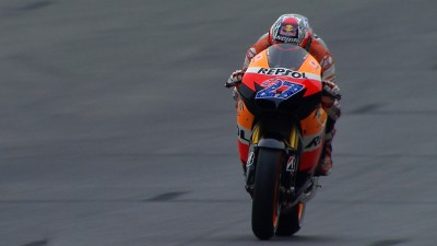 Stoner sets the pace in Catalunya