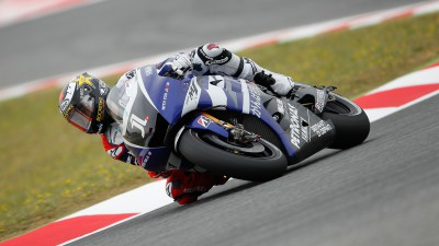 Lorenzo and Spies handle changeable conditions