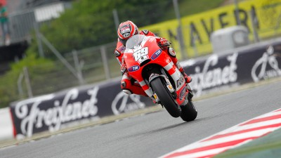 Ducati Team riders still looking for set up in the rain