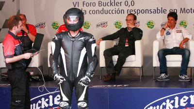 The sixth Buckler Forum 0,0 discusses rider safety