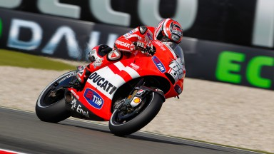 Hayden on third row, problems for Rossi continue