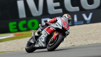 Yamaha pospone el primer  test de su prototipo para 2012