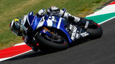 Lorenzo rides to second victory of 2011 at Mugello