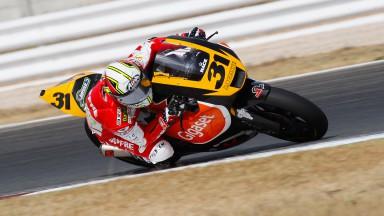 Simón se pone a prueba sobre una Moto2 en Albacete