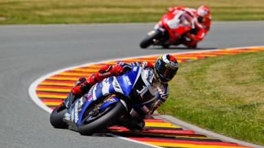 Lorenzo übernimmt die Spitze in FT3