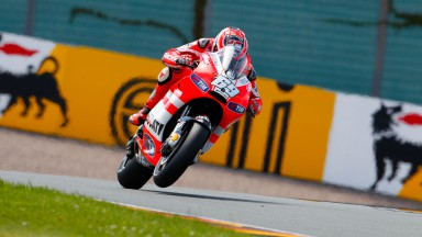 Third row for Hayden, difficult qualifying for Rossi