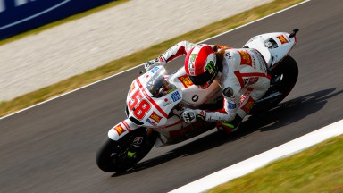 Simoncelli recharged after break, Aoyama motivated
