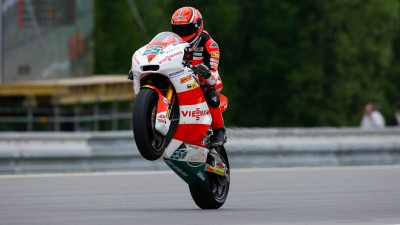 Bradl remains in control in FP2
