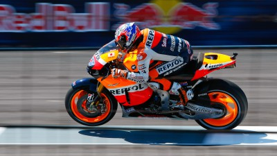 Seventh pole of the season for Stoner, second row for Pedrosa and Dovizioso