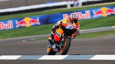 Stoner storms to seventh victory of the season with Pedrosa second and Dovizioso fifth