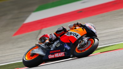 Stoner secures eighth pole of the season