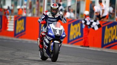 Lorenzo riapre il Campionato con la splendida vittoria di Misano
