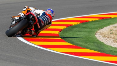 Stoner leads the way at Aragón