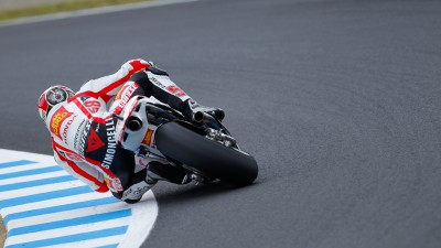 Simoncelli sixth in spite of a spill
