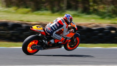 Stoner tears up Phillip Island taking pole at his home Grand Prix