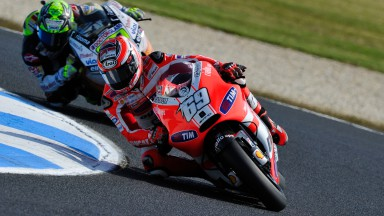 Second row for Hayden at Phillip Island, Rossi 13th