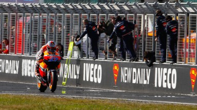 Stoner clinches the 2011 title on home turf