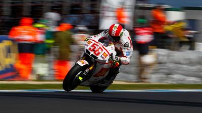 Simoncelli finishes Australian GP second to World Champion Stoner