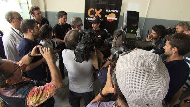 Márquez to remain in Moto2 for 2012