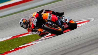 Repsol Honda Team dominates first day