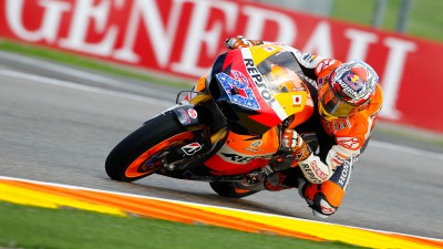 Positive start for the Repsol Honda Team in wet Valencia