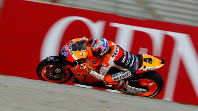 Stoner clinches 12th and final pole of the season for Repsol Honda