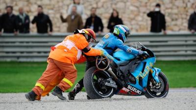 First corner disaster ends Rizla Suzuki's season early