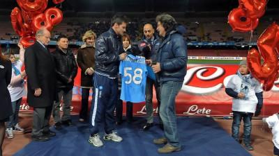 Il Napoli rende omaggio a Simoncelli