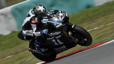 Second day at Sepang sees Spies on top by midday