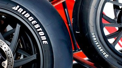 Bridgestone analizza i primi test del 2012