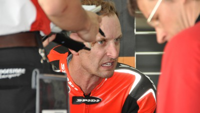 Colin Edwards leader delle CRT in Malesia