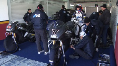 Redding under lap record at Valencia