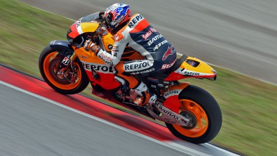 Casey Stoner sizes up  the 1000s