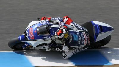 Lorenzo apre le danze a Jerez