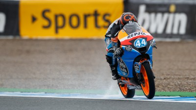 Oliveira heads frantic final Moto3™ practice in the wet