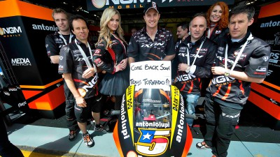 Successful surgery for Colin Edwards