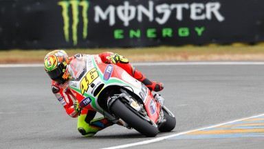 Rossi and Hayden hampered by lack of grip