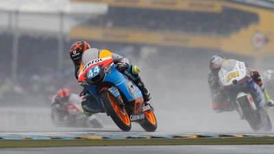 Oliveira sofre nova queda em Le Mans