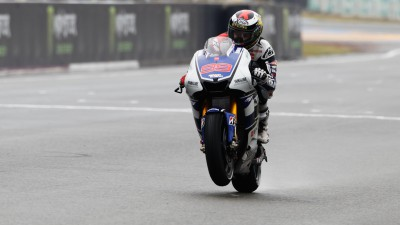 Lorenzo back on top in Le Mans