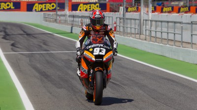 Márquez starts Catalunya home race from pole position