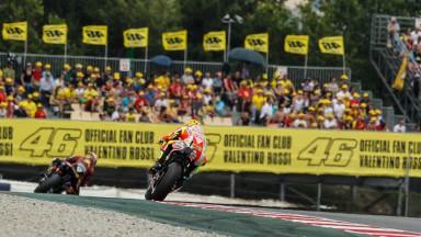 Progressos para Rossi na Catalunha, Hayden afectado por problema na mão